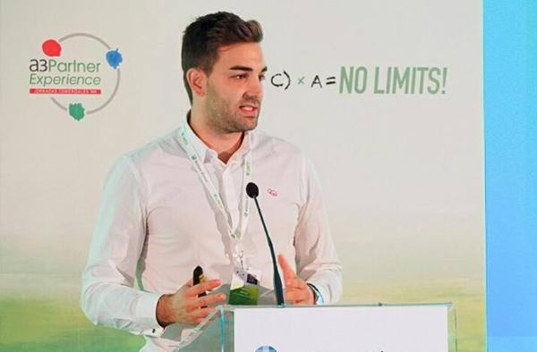 Marcos García hablando sobre Prestasync